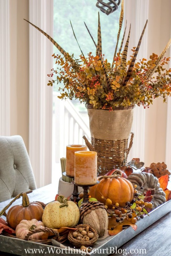 Farmhouse-Fall-Table-Centerpiece-18b