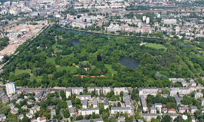 Plik:Warszawa, Park Skaryszewski z góry.jpg