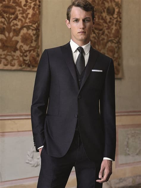 guys italian luxury label canali   tips