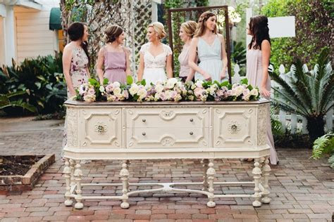 Bridesmaids Portraits? Yes, Please.   Southern Bride