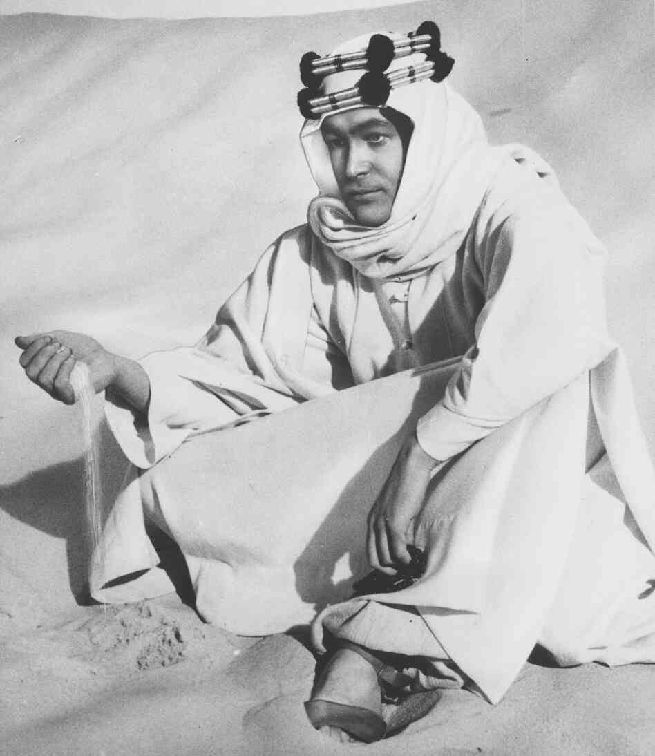 Lawrence of Arabia is filmed in the Jordanian desert in 1961. The role of T.E. Lawrence would make O'Toole famous.
