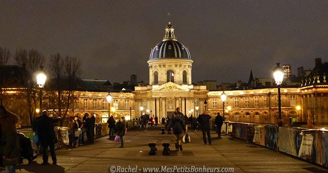 coupole face au Louvre