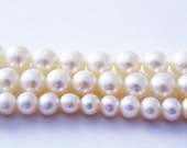 SALE - 5 to 7mm graduated set, creamy white fresh water pearls - popplysupply