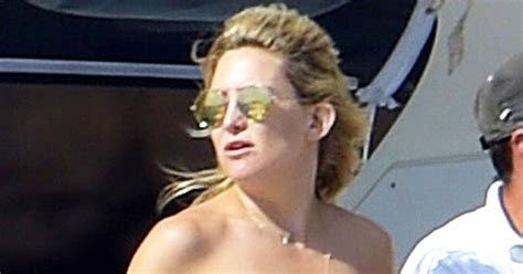 The Secret to Kate Hudson?s Perfect Spray Tan   Us Weekly