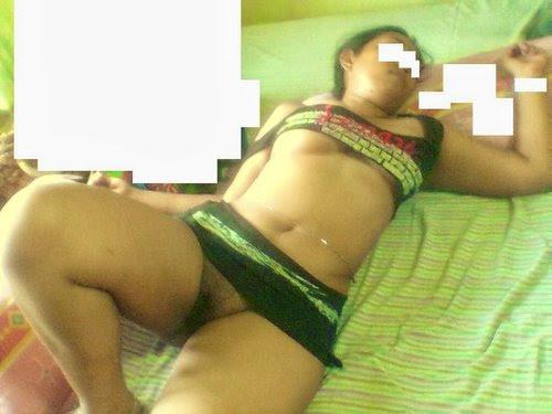 Telugu Bipasha Enjoying After Hot Fucking On Bed-1237
