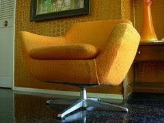 Overman Pod Chair 03