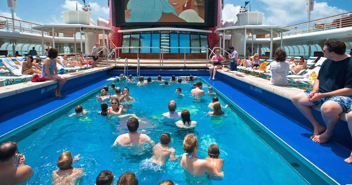 Intravelreport What You Need To Know About Cruise Ship Pools