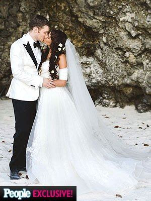 Joseph Morgan Marries Persia White in Jamaica
