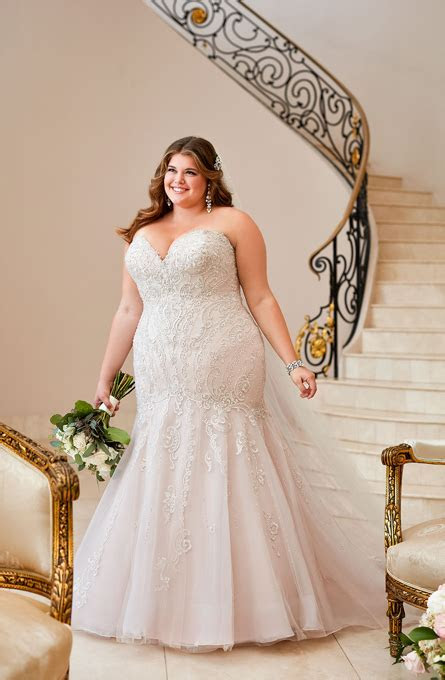 The Ultimate Bride   St. Louis Wedding Dress Store