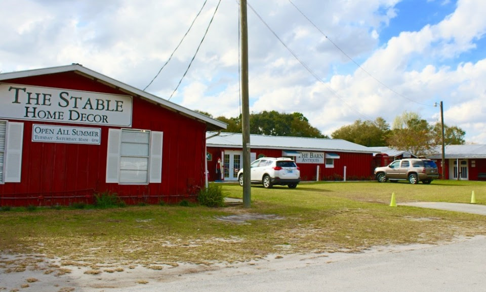 The Barn At Lake Alfred - agirllikeyouisimpossibletofind