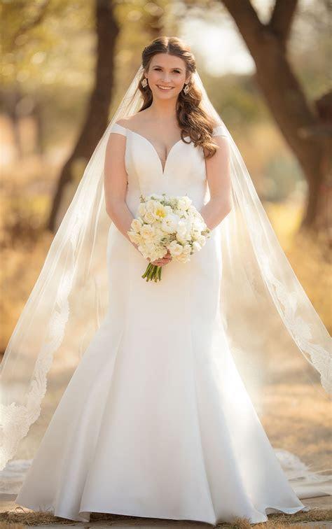 ESSENSE OF AUSTRALIA D2477 FIT AND FLARE WEDDING DRESS