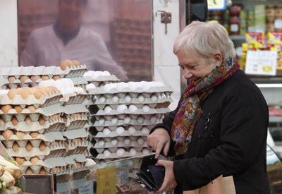 """España tira adelante el """"hachazo"""" a las pensiones"""