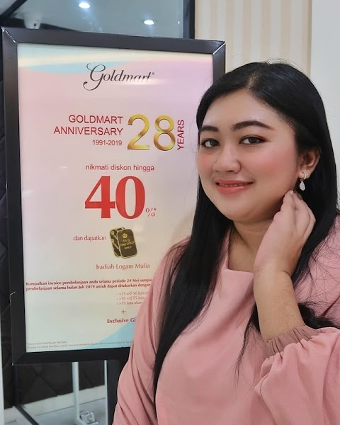 Goldmart Surabaya Gelar Diskon Dare To Be You