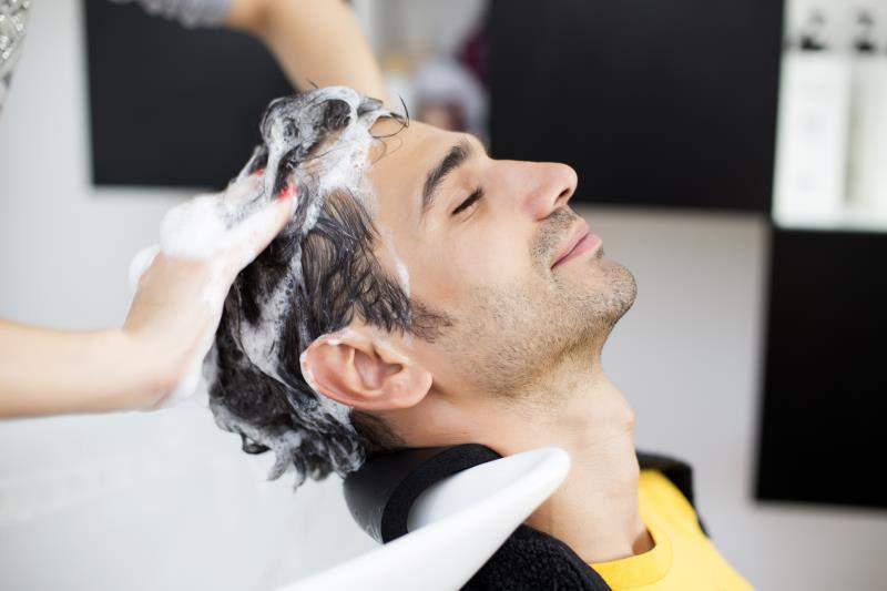 Salah Satu Cara Merawat Rambut Pria Tempat Berilmu