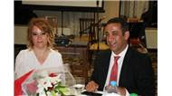 Savcısı Ercan Yalçınkaya veda gecesinde Cumhuriyet Başsavcı Necip Topuz'un sekreteri Sibel Temur'a sürpriz evlenme teklifi yaptı.
