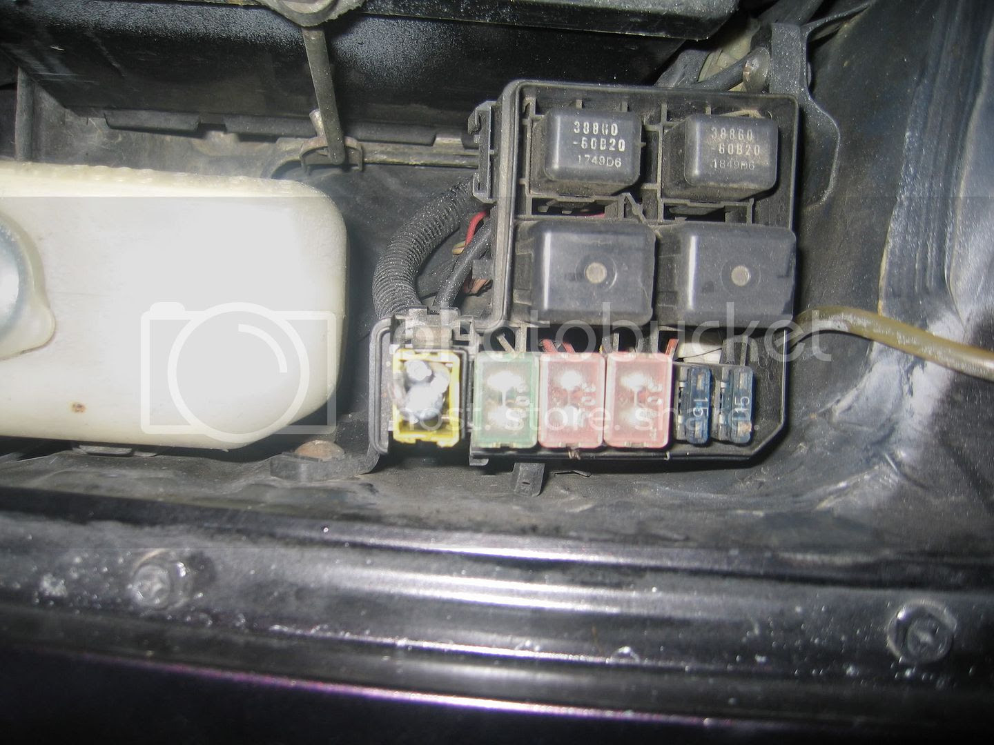 Alto K10 Fuse Box Location