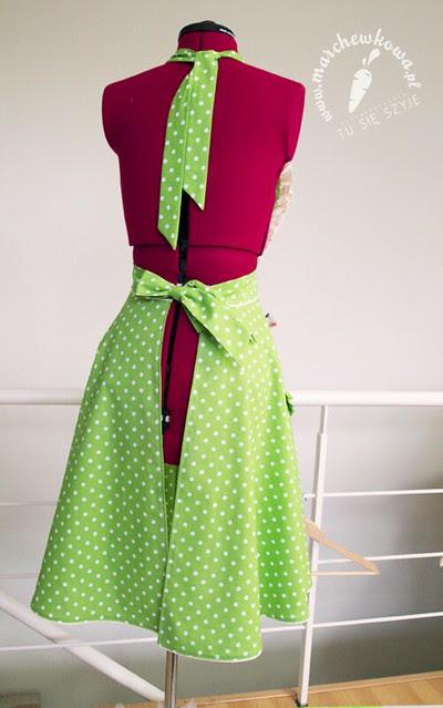 Green 50s style apron, groszki, szycie, blog, marchewkowa, fartuszek, retro, vintage