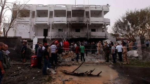 explosión embajada de francia e libia