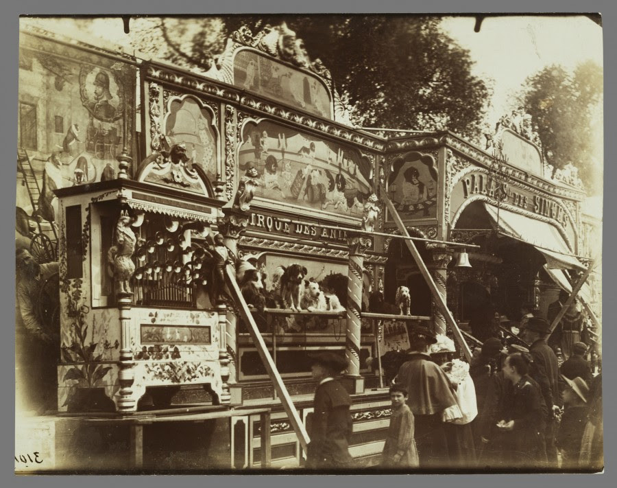 Atget Paris Fete des Invalides 900x711 Le Paris de 1900 par Atget  photographie histoire art