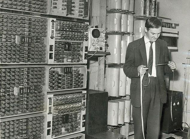 Perierga.gr - Λειτουργεί ξανά ο πρώτος υπολογιστής!