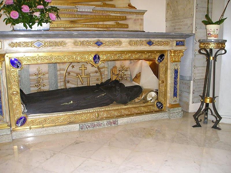 Ficheiro:Bac.Catherine.Cercueil.jpg
