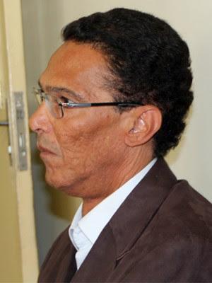 Médico José Luiz Gomes da Silva não quis falar sobre o caso em Poços de Caldas (Foto: Jéssica Balbino / G1)