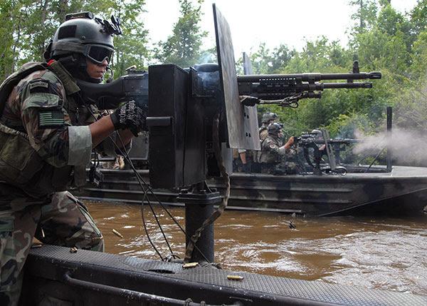 swcc - m240 machine gun