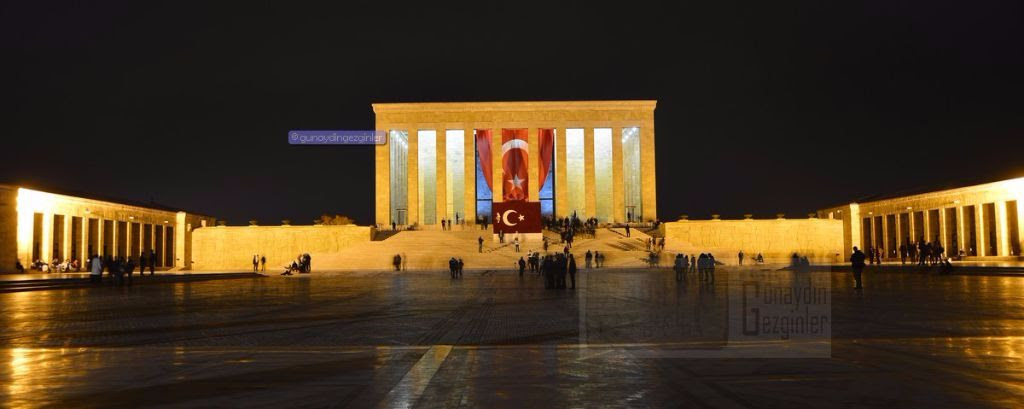 Anıtkabir Ve Atatürk
