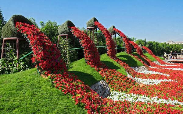 TravelPass.gr - Κήπος-θαύμα στην καρδιά της αραβικής ερήμου!