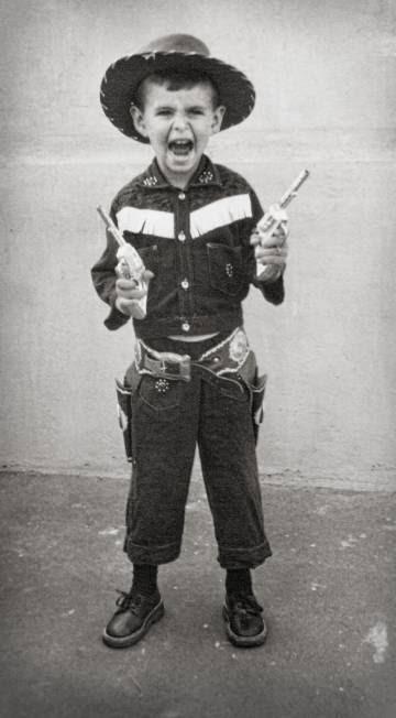Félix Francisco Casanova, de niño, en una foto del álbum familiar.