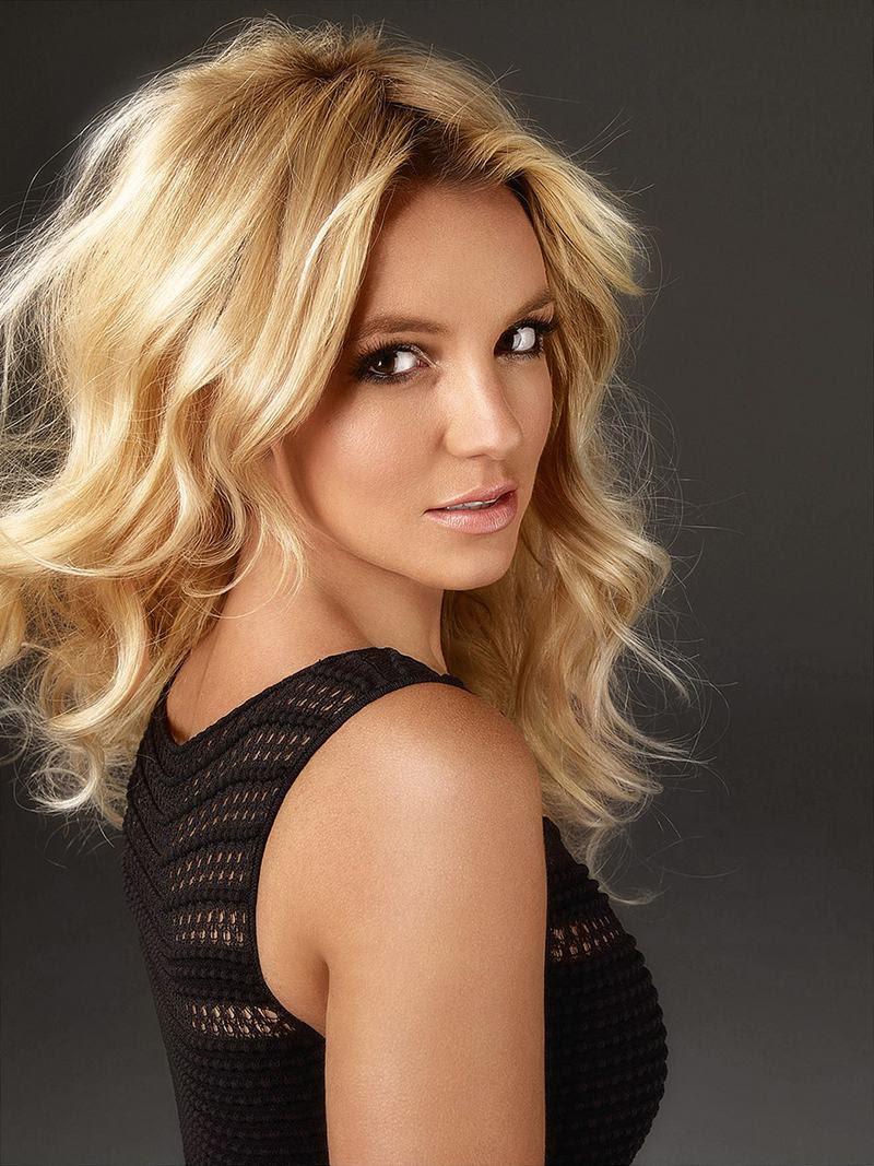 Britney Spears : Queen Photoshop Scan - XciteFun.net