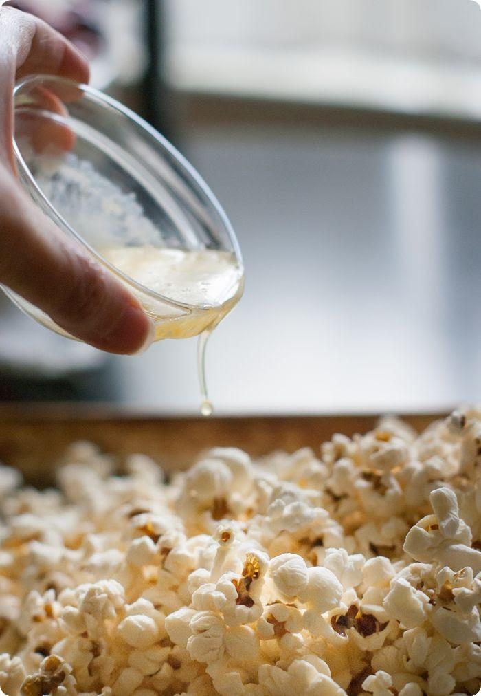 let's make some birthday cake popcorn!