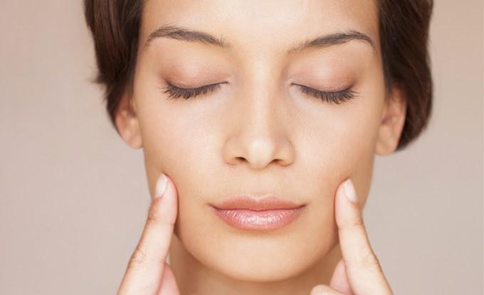 Yüz yogası nedir göz çevresindeki sorunları yok ediyor! | Beklentiler.com