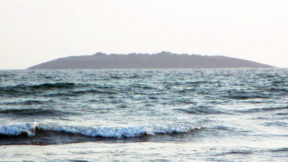 PHOTO: New island off coast of Pakistan