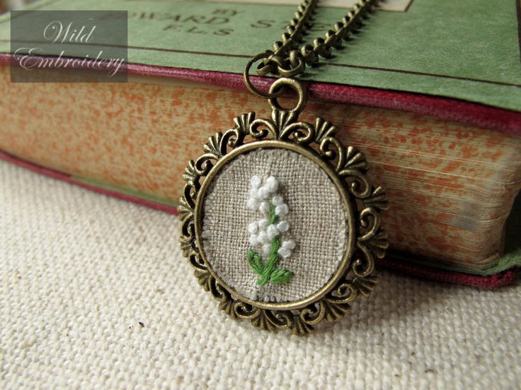 white wild flower - hand embroidered on linen vintage bronze tone pendant necklace