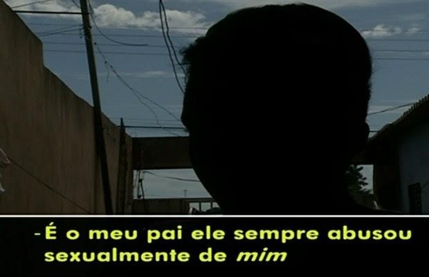 Jovem diz ter sido estuprada pelo pai desde os 14 anos, em Luziânia, Goiás (Foto: Reprodução/TV Anhanguera)
