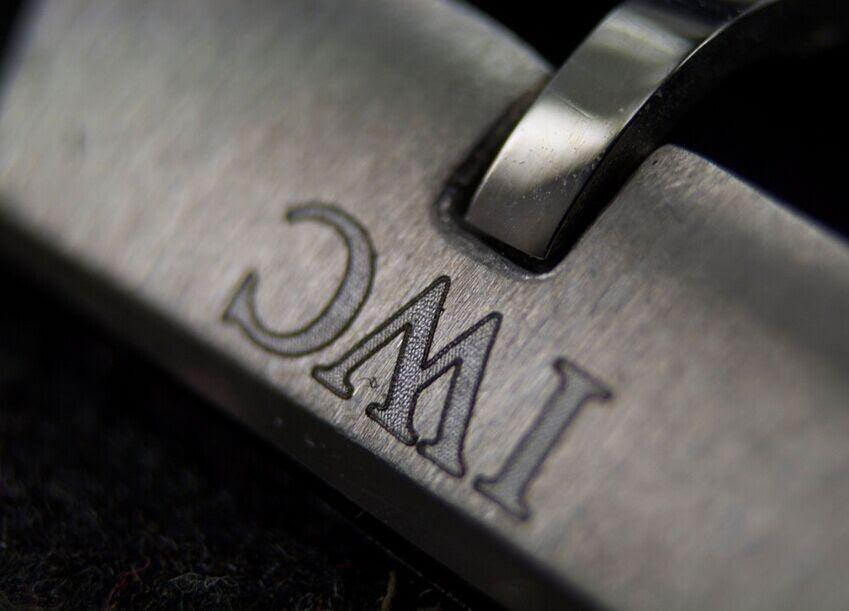 IW326501 Buckle Engraving