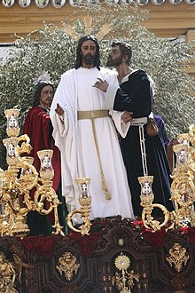 SemanaSantaSevillaBeso2.jpg