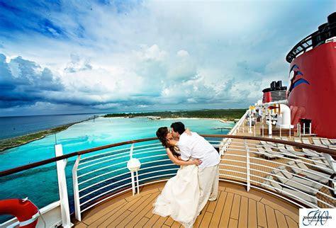 Orlando Wedding Photographers: Rachael & George's Disney