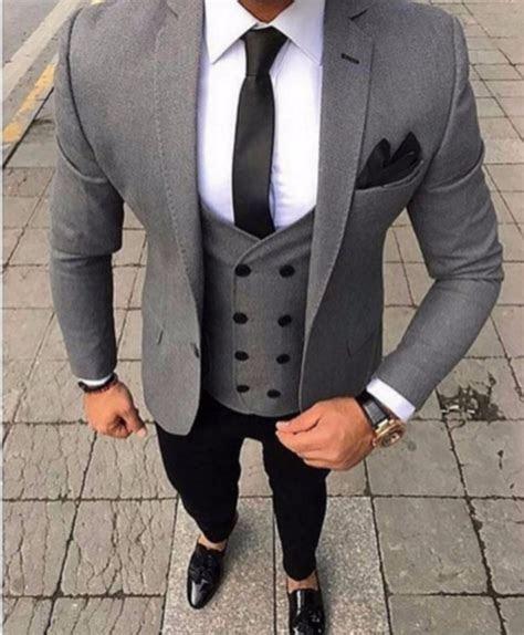 2018 Brand Tailored Smoking Grey Men Suit Slim Fit 3 Piece