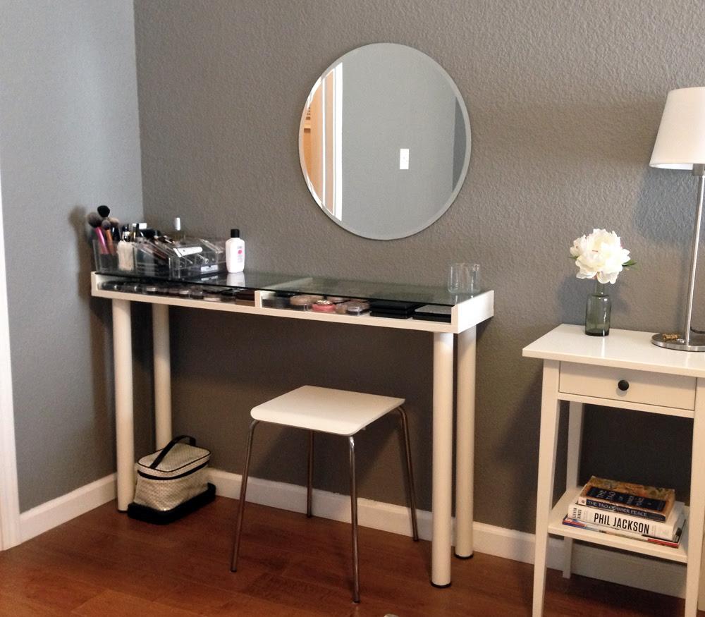 Makeup Vanity Organization | ms.Tapioca