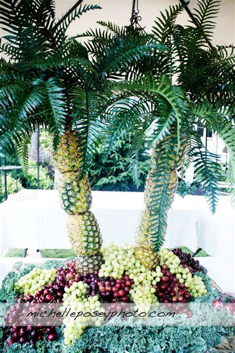 Best 25  Pineapple palm tree ideas on Pinterest