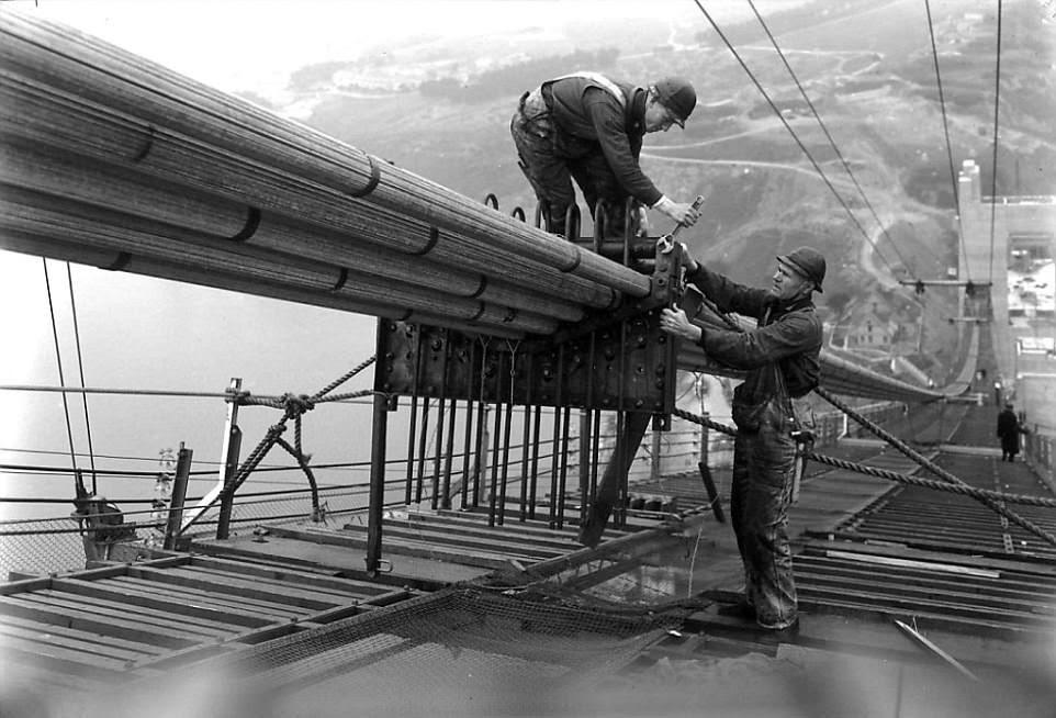 perierga.gr - Εικόνες από την κατασκευή της γέφυρας του Σαν Φρανσίσκο...