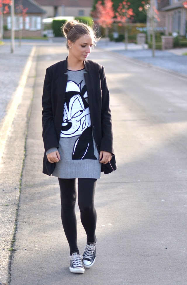 pepe le pew looney tunes sweater dress zara trf h&m boyfriend long blazer converse all star black chuck taylor outfit post turn it inside out belgium fashion blogger