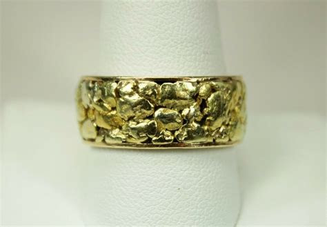 Vintage 14K Gold Mens Infinity Wedding Band Ring with Gold