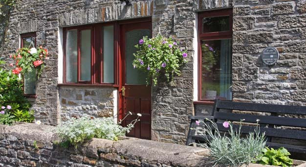 Cosy Cottage Accommodation in South Wales