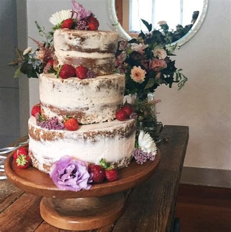 Bridal Guide   How to make your own Wedding Cake