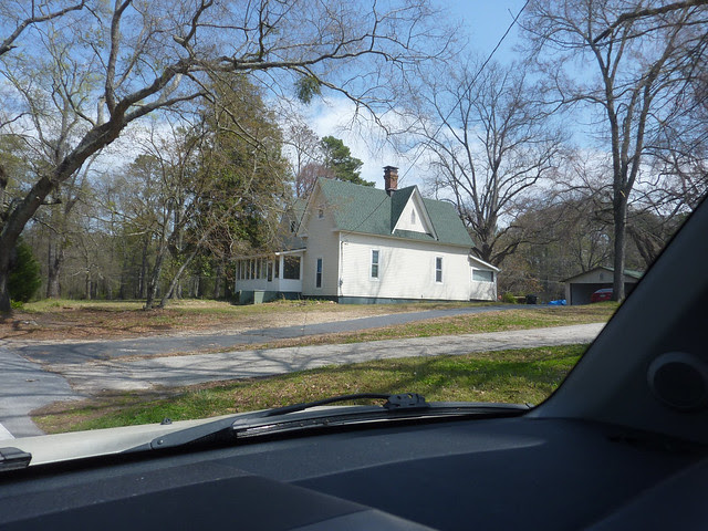P1180400-2013-03-30-Ellenwood-Georgia-Vernacular-House