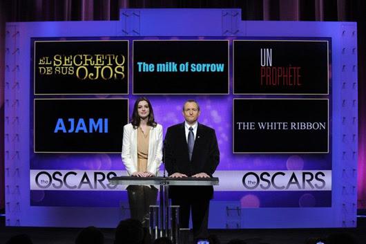 Anne Hathaway y Tom Sherak anunciaron las películas nominadas para el Oscar 2009
