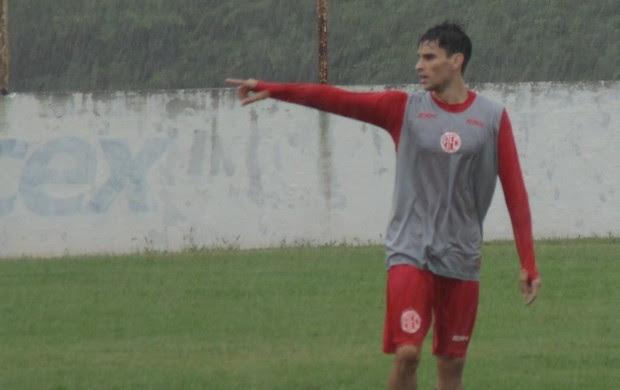 Rodrigo Pimpão, atacante do América-RN (Foto: Edmo Nathan/Divulgação)